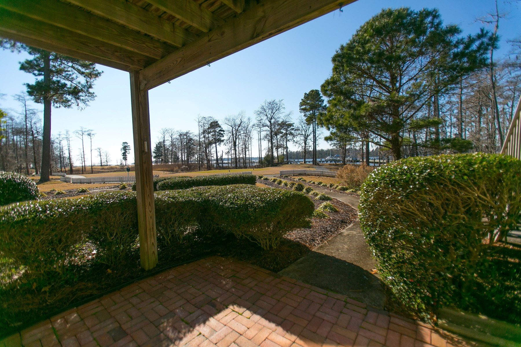 Golf-Marina Condo in Albemarle Plantation