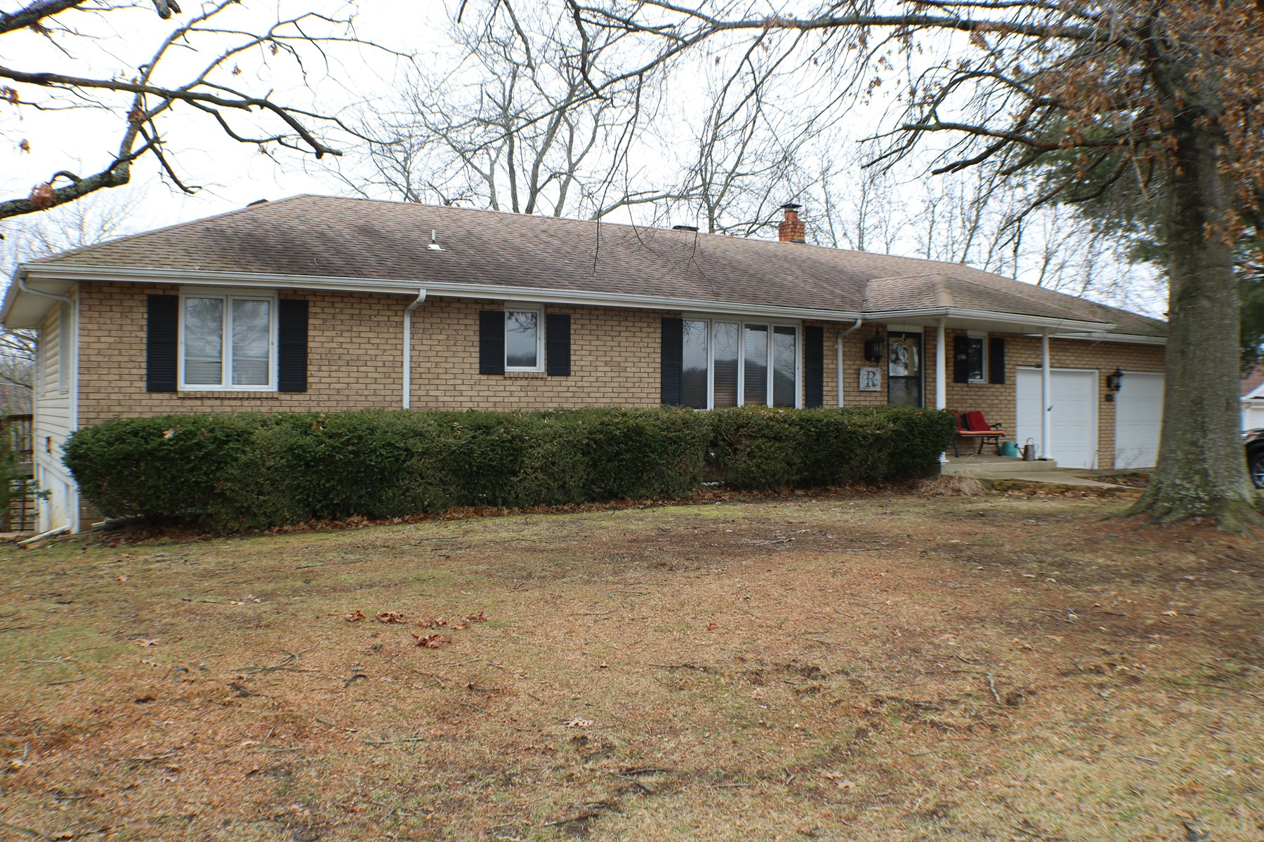 Large home for sale in Ava, Mo