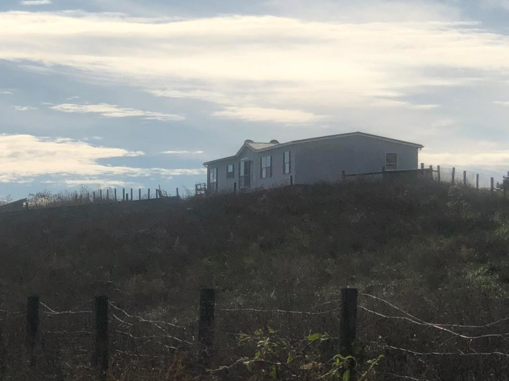 Large Farm And Recreational Property With Doublewide