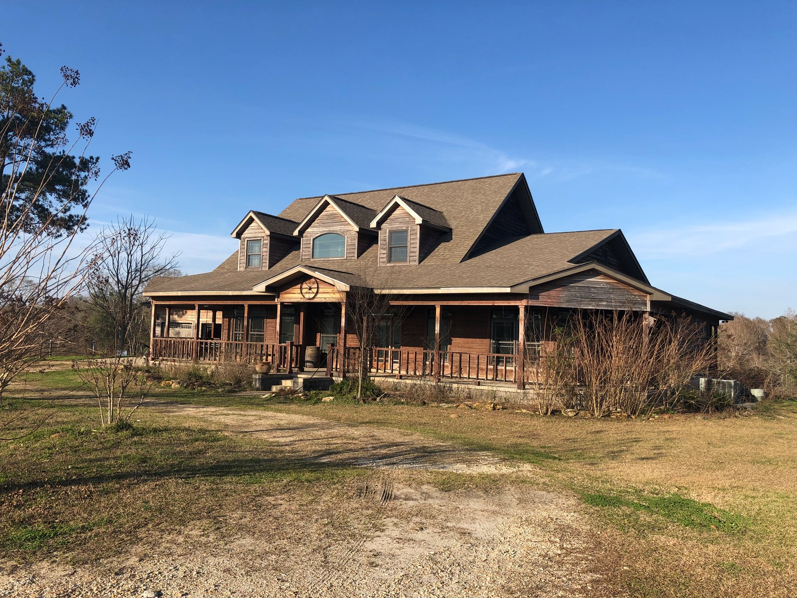 LARGE BEAUTIFUL HOME ON 23.4 ACRES, BLACK, ALABAMA