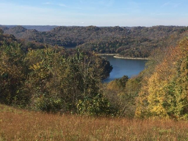 Lake view lot in Silver Point TN near Center Hill Lake