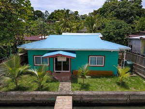 TITLED WATERFRONT HOME IN BASTIMENTOS, PANAMA, REMODELED