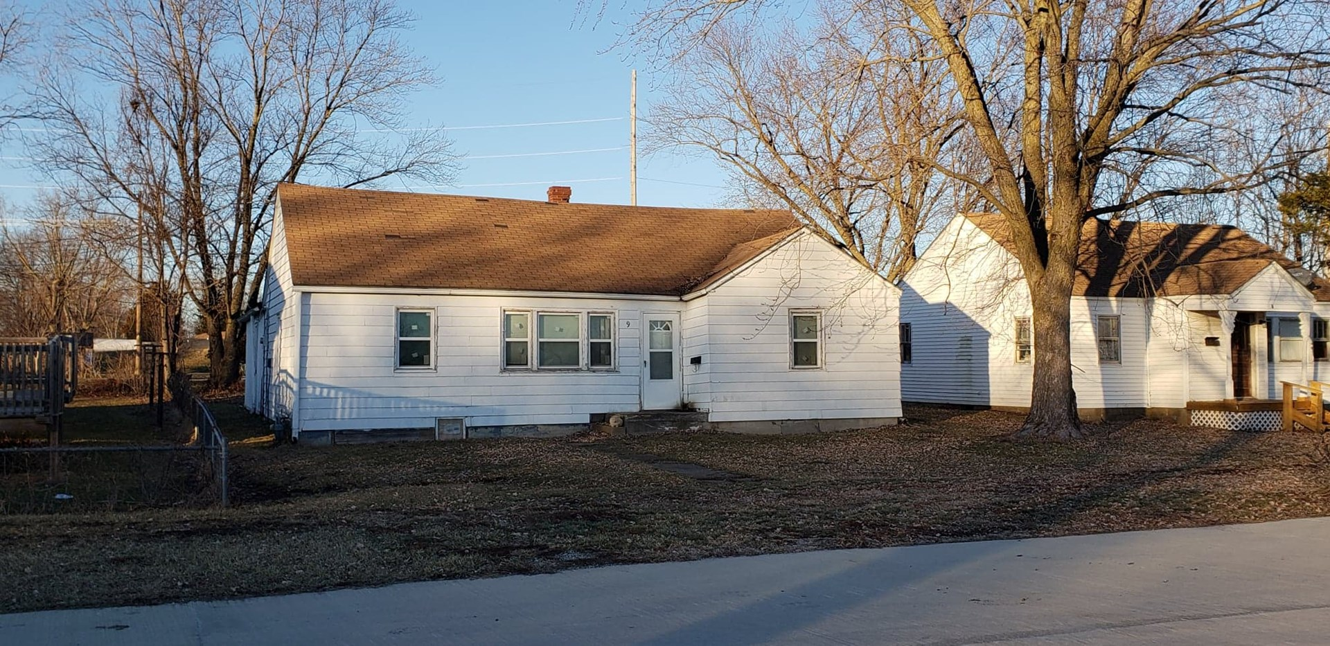 Home In Town For Sale, Investment Potential, Chillicothe, MO