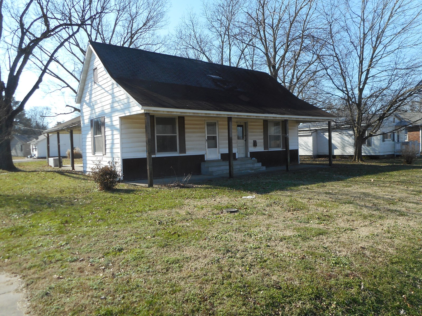 For Sale Duplex Investment Property in Chaffee, Missouri