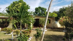 COUNTRY HOUSE AND LOT FOR SALE NEAR THE BEACH IN PANAMA
