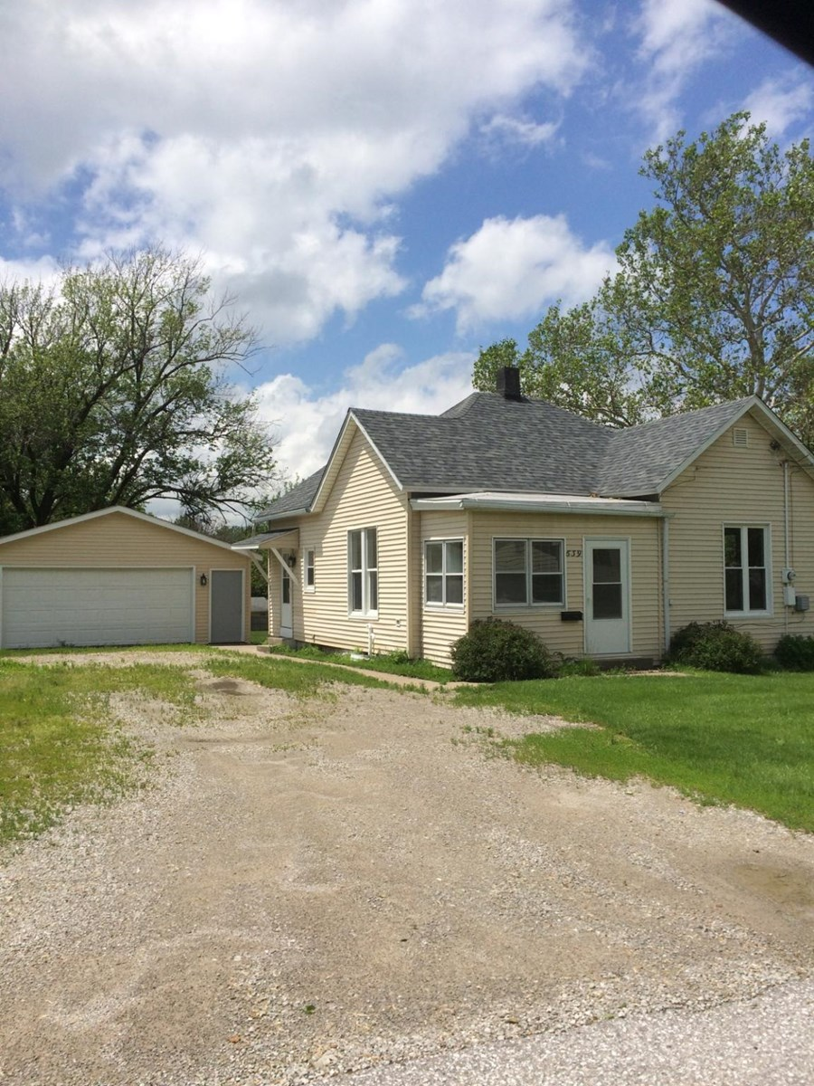 Albia, Iowa Home for Sale