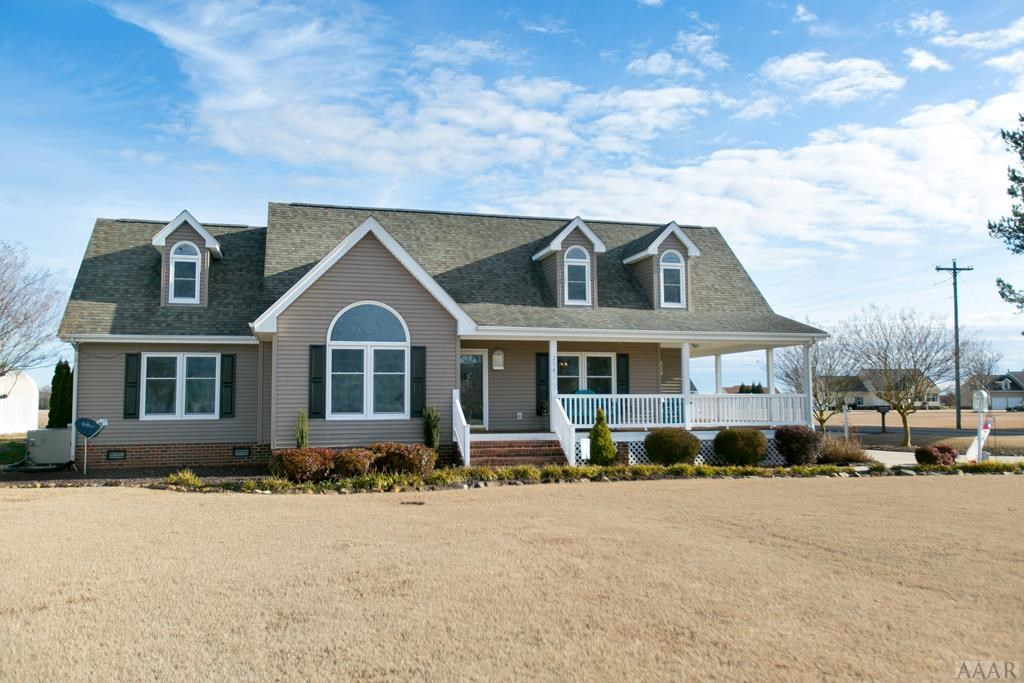 4 BR 2.5 Bath Custom Built -Water Views of Perquimans River