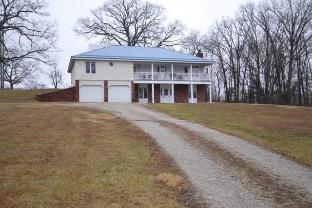 Country Home with Acreage in South Central Missouri