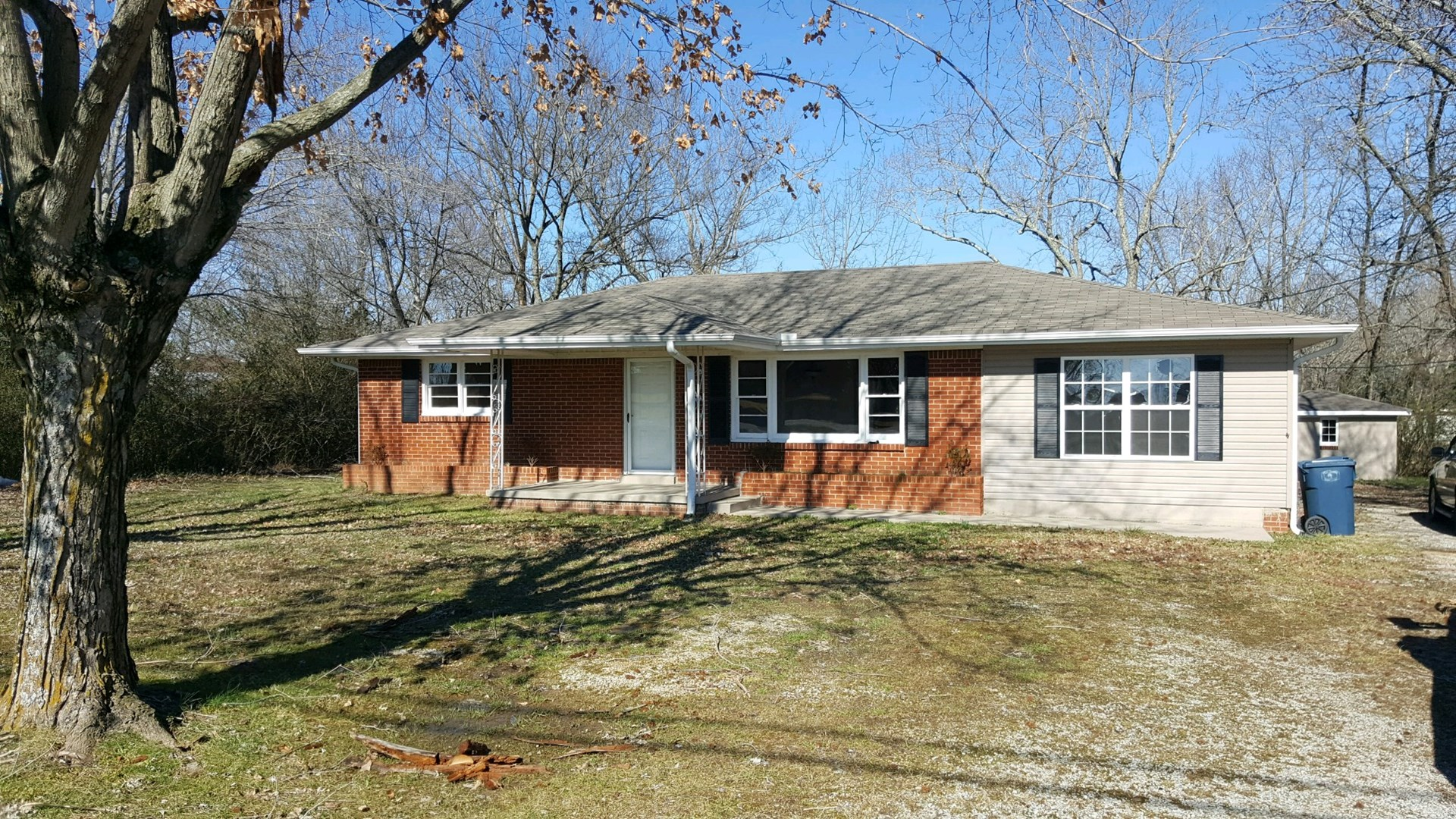 Hohenwald, Tennessee Lewis County Country Home For Sale