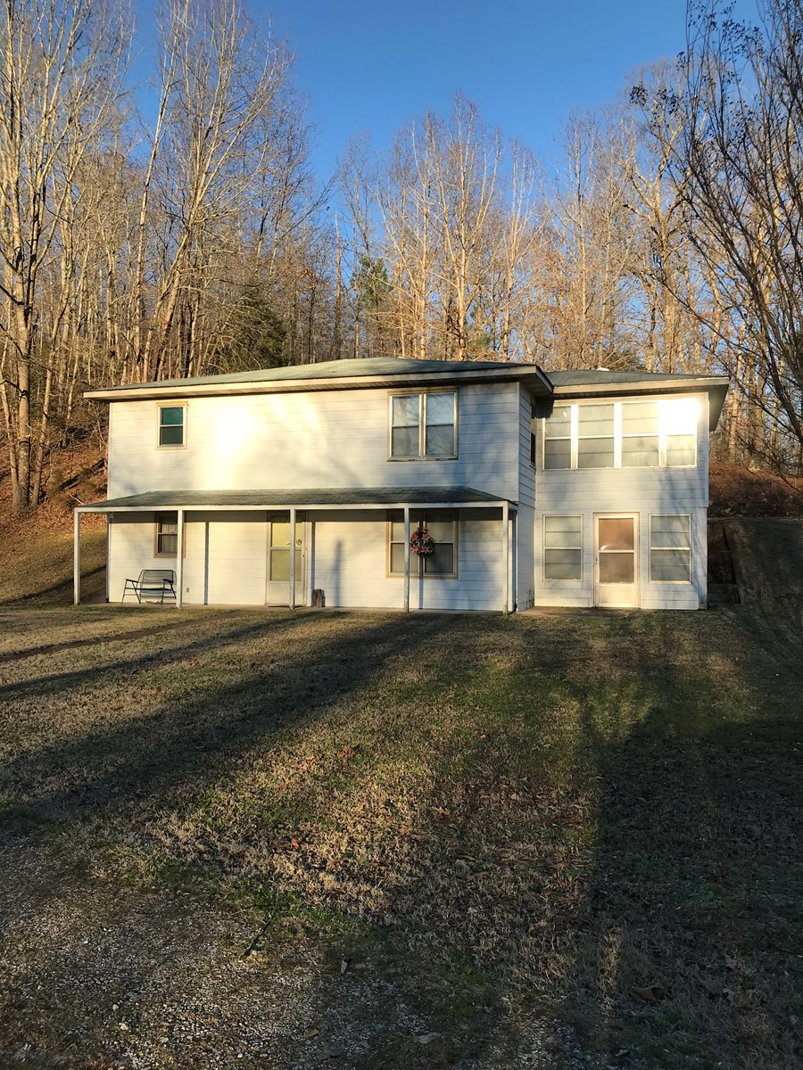 COUNTRY HOME FOR SALE, NEAR KY LAKE, EVA TENNESSEE,