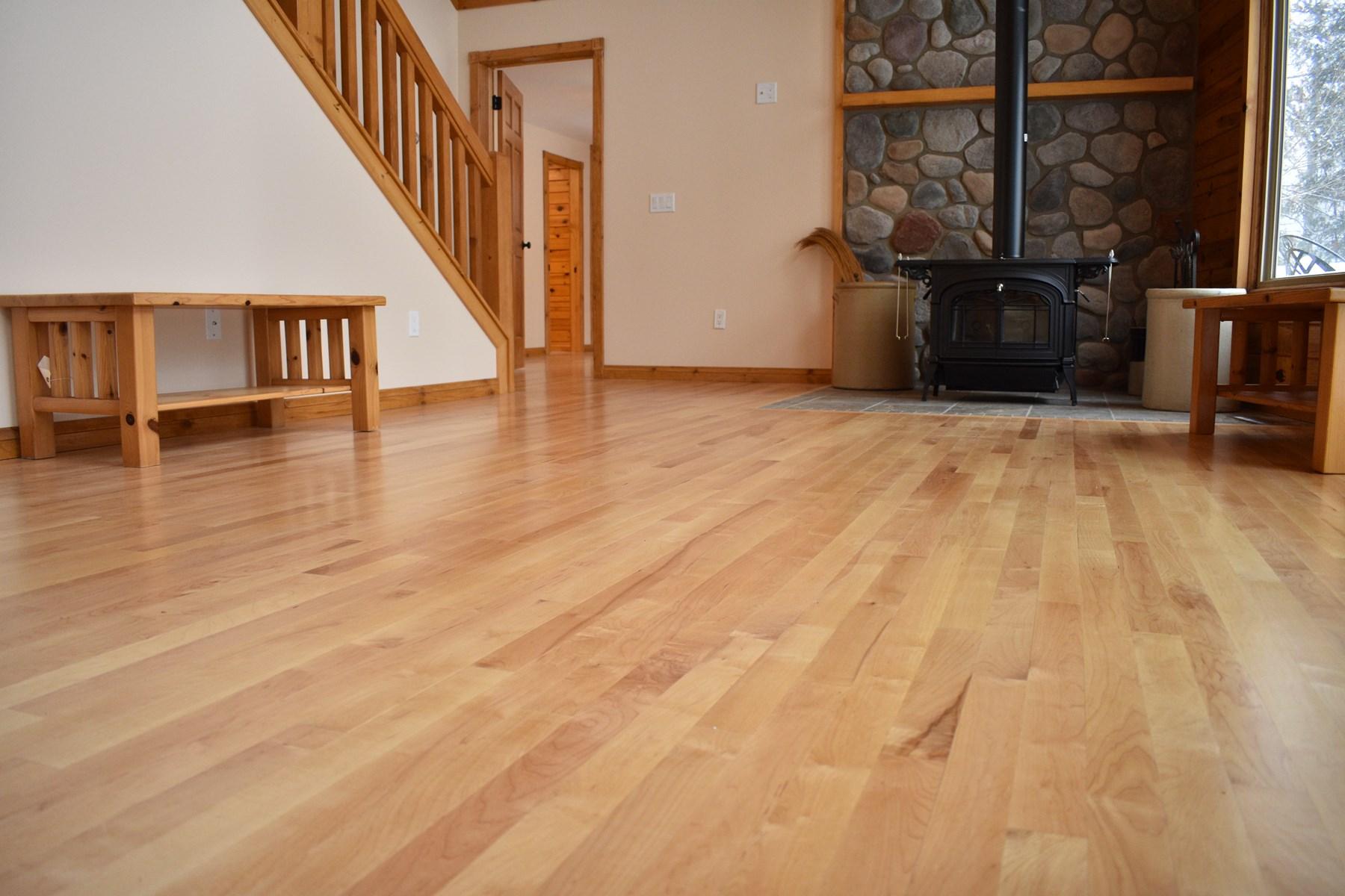 Great Room w/Hardwood Floors
