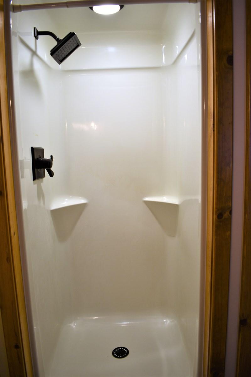 Loft 3/4 Bath Shower w/Light & Delta Fixtures