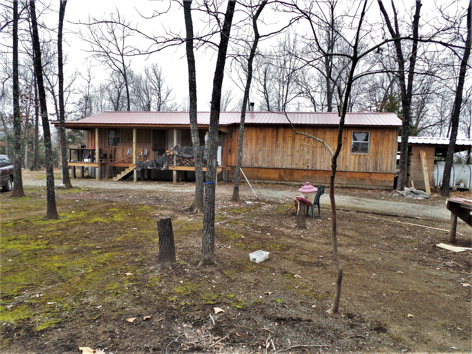 CABINS AND ACREAGE NEAR BULL SHOALS LAKE FOR SALE