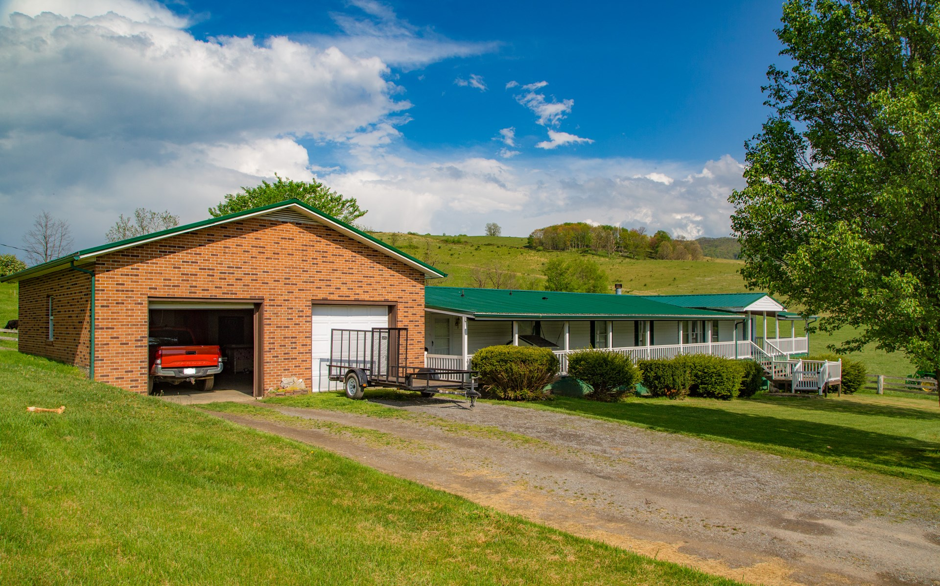 Spacious Doublewide with Great Views in Thompson Valley, VA