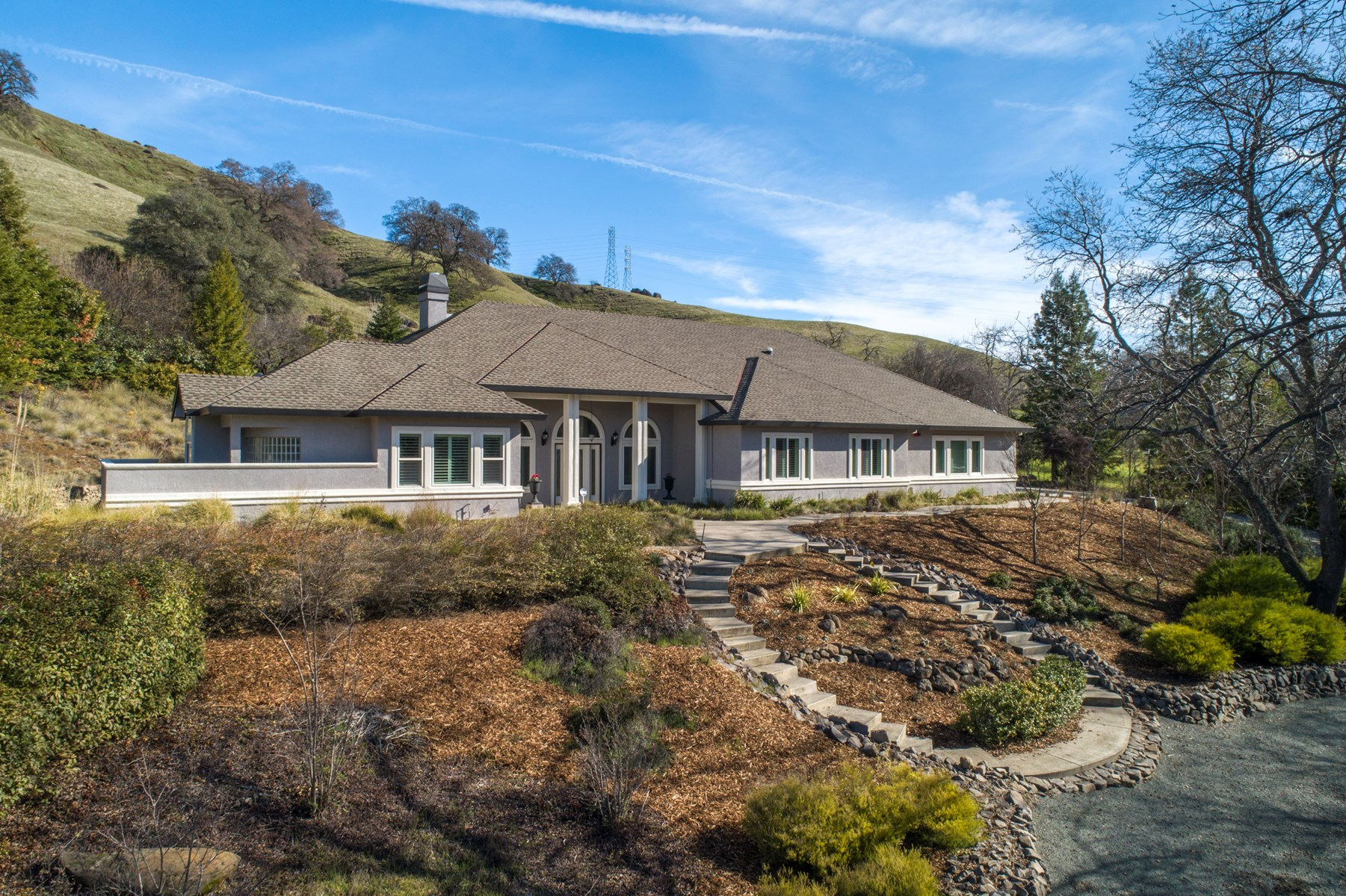 Vacaville Custom Country Luxury View Home on 2.5 Acres