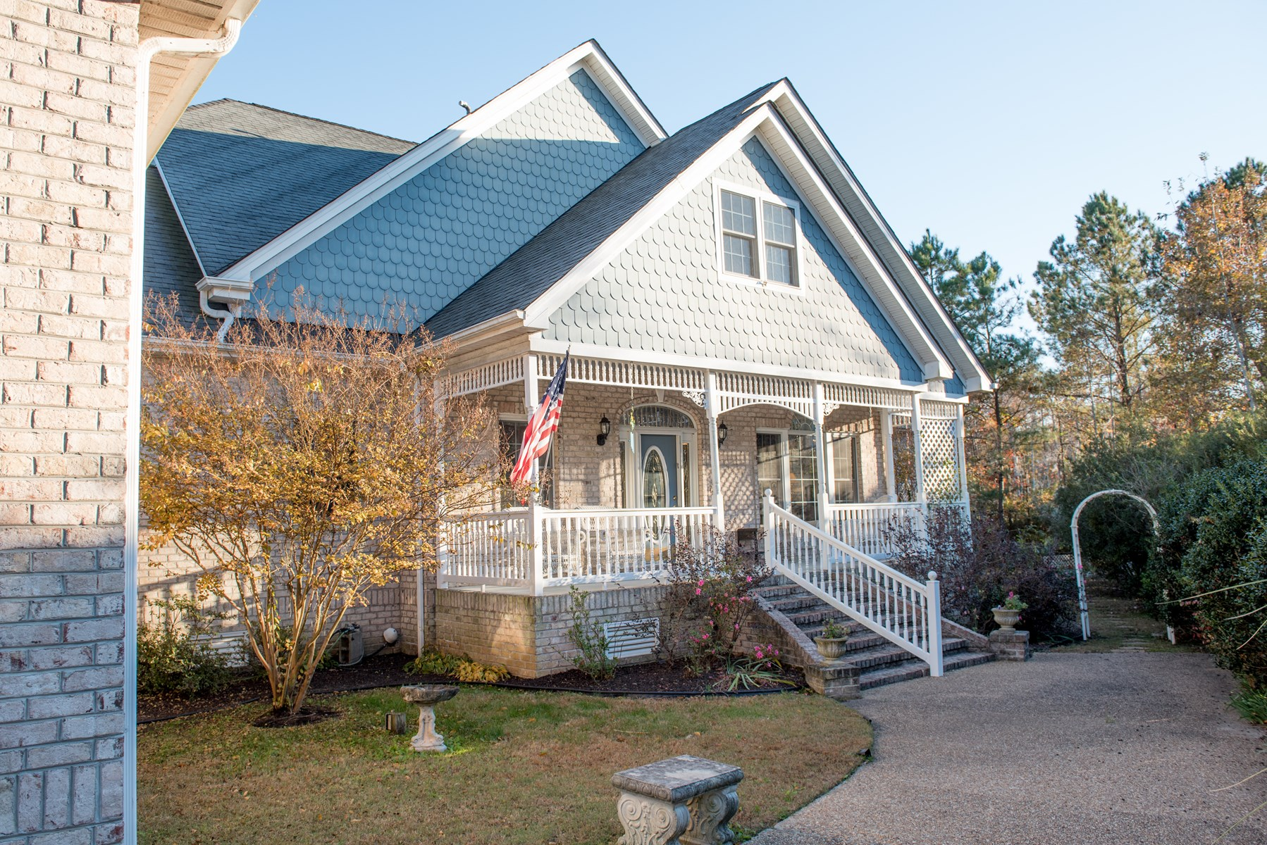 Custom Creek Front Home In Albemarle Plantation