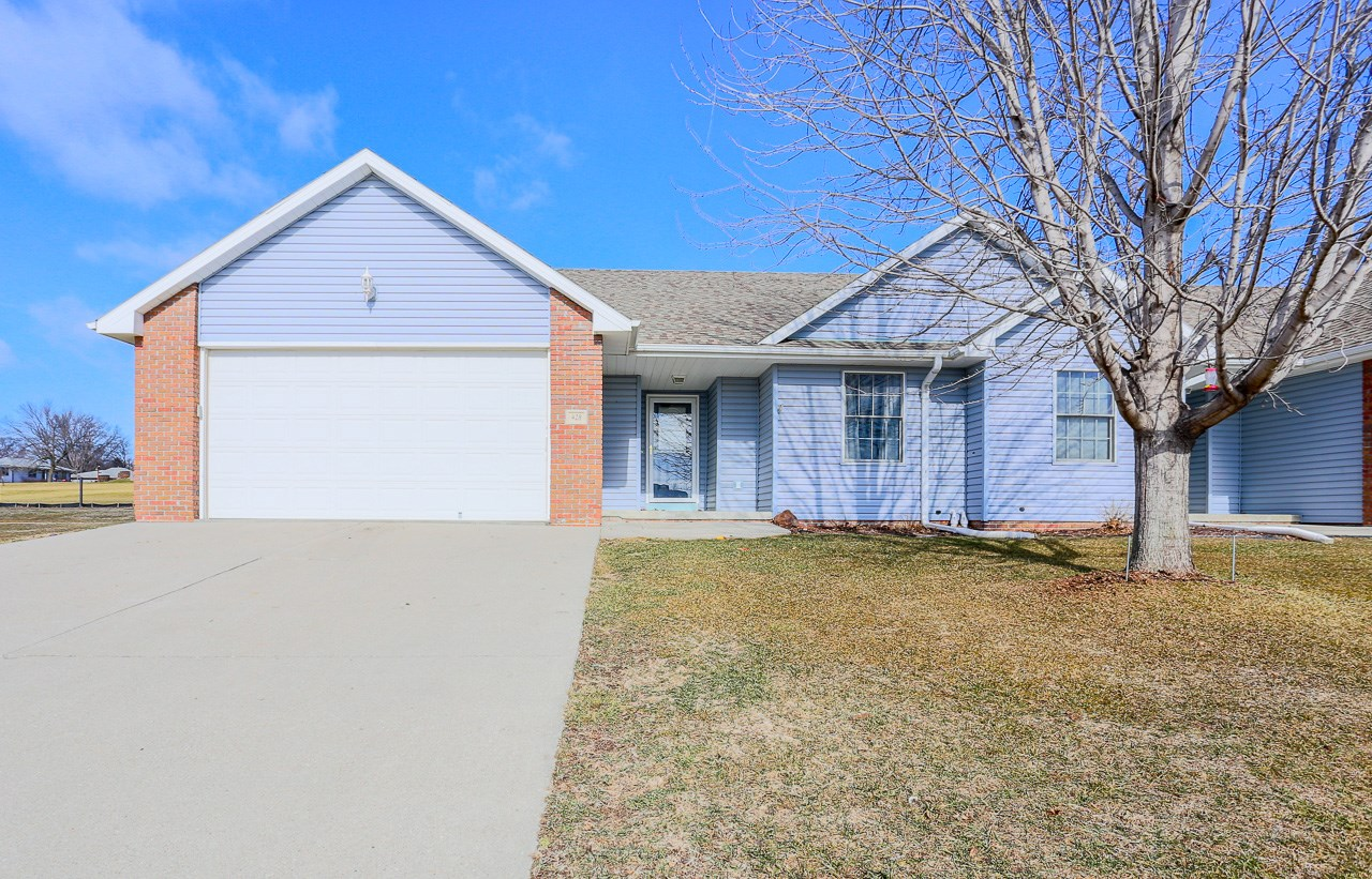 Updated Ranch Style Townhome Small Town Southwest Iowa