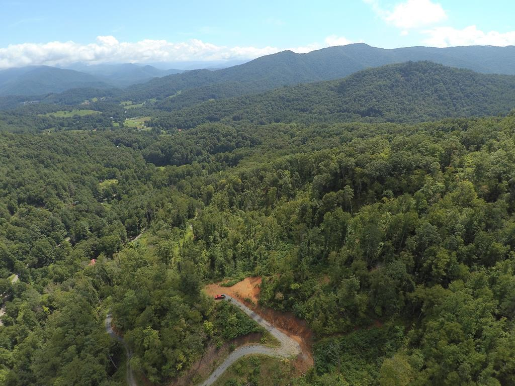 32 acres for sale Cullowhee, NC Jackson County