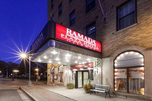 HISTORIC MICHIGAN HOTEL FOR SALE WITH RESTAURANT AND PUB
