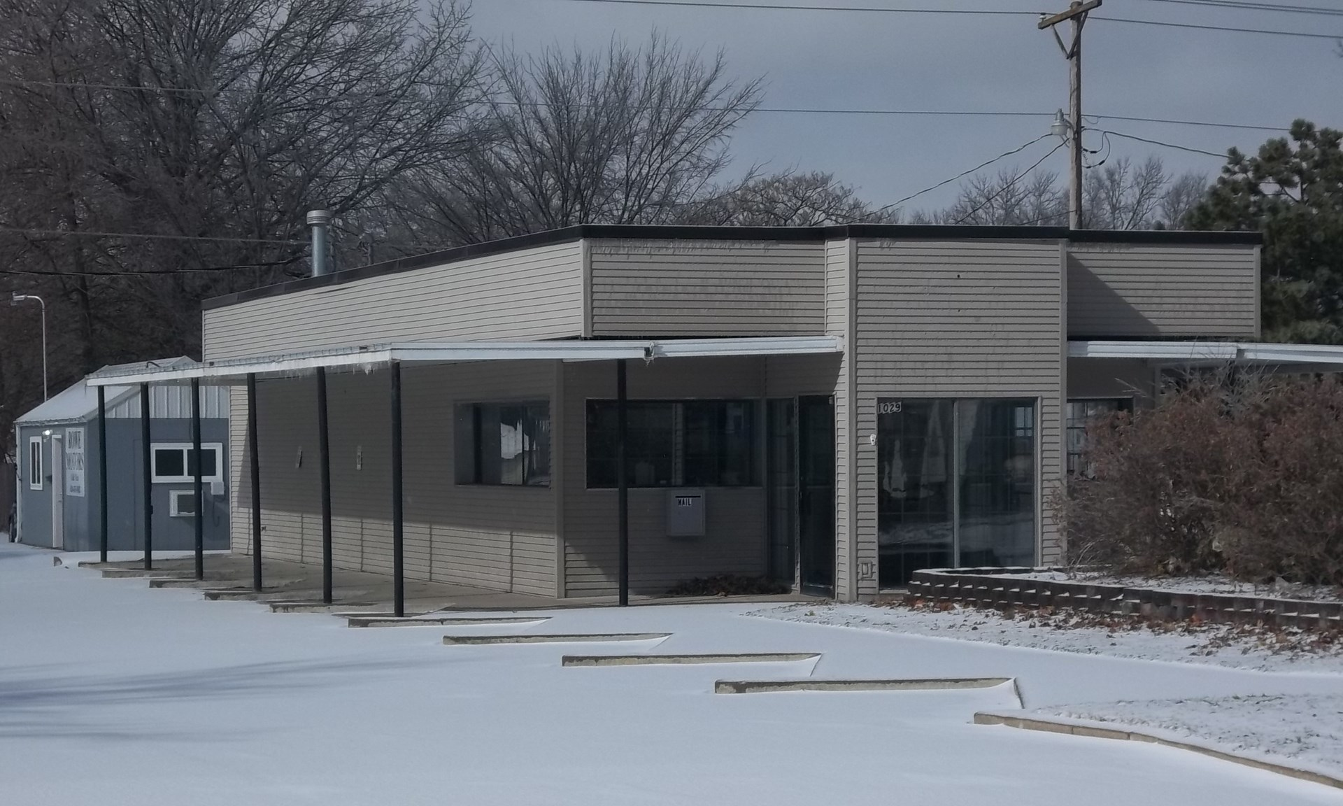 Office Building for Sale in Chanute KS