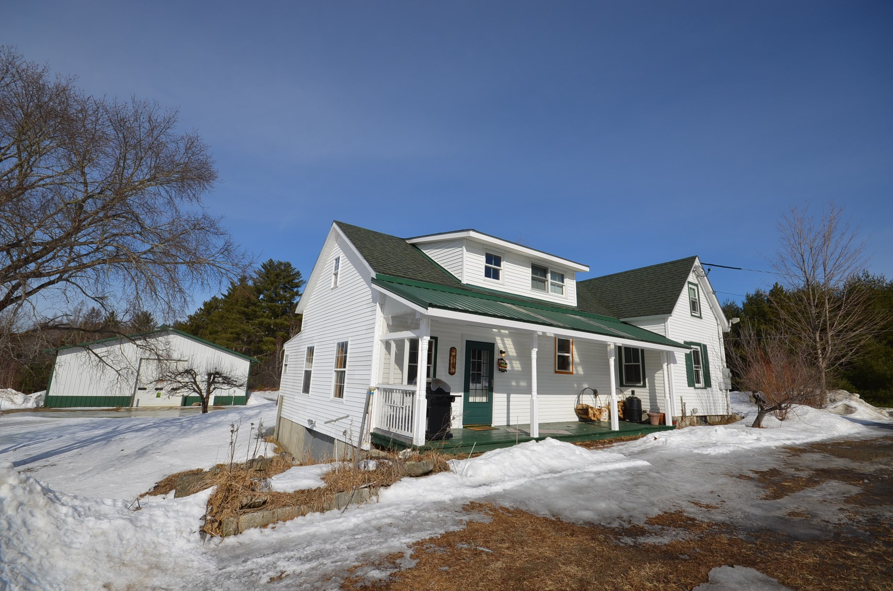 Farmhouse for sale in Passadumkeag, Maine