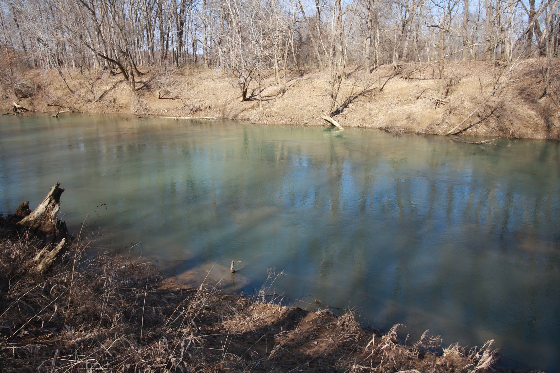 Missouri Riverfront property for sale 64 acres