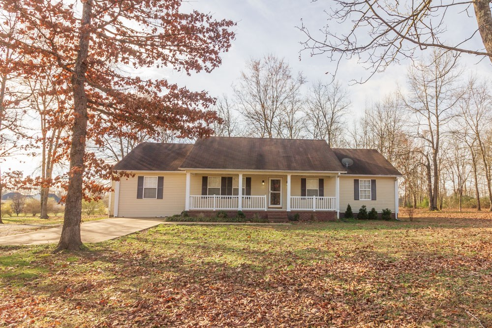Beautiful 4BR/3BA Home in Great Adamsville, TN Location