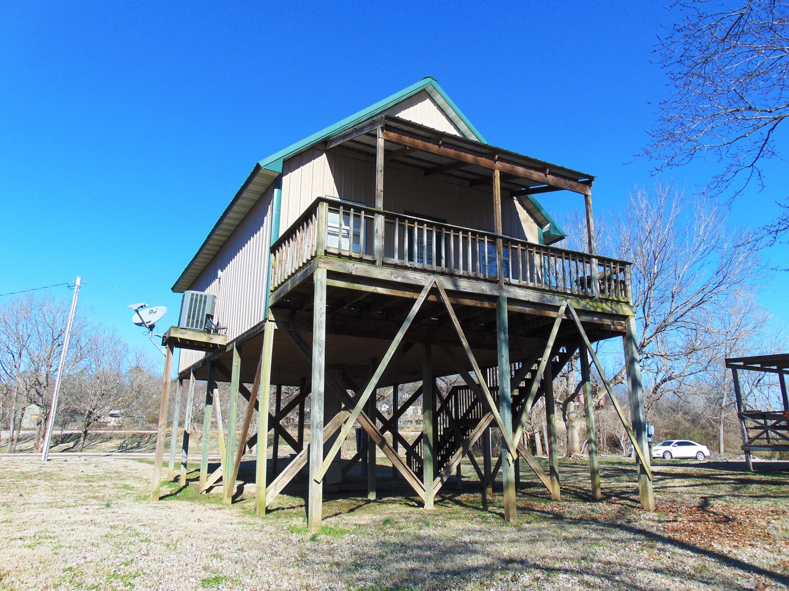 Spring River Cabin at Hardy, Arkansas for sale