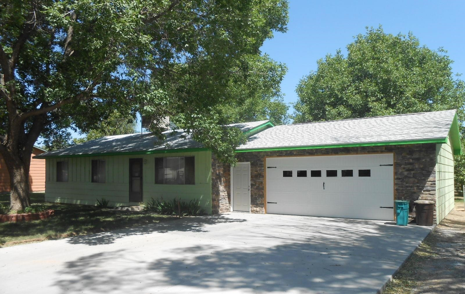 Grand Junction Home For Sale on Large Lot - $175,000
