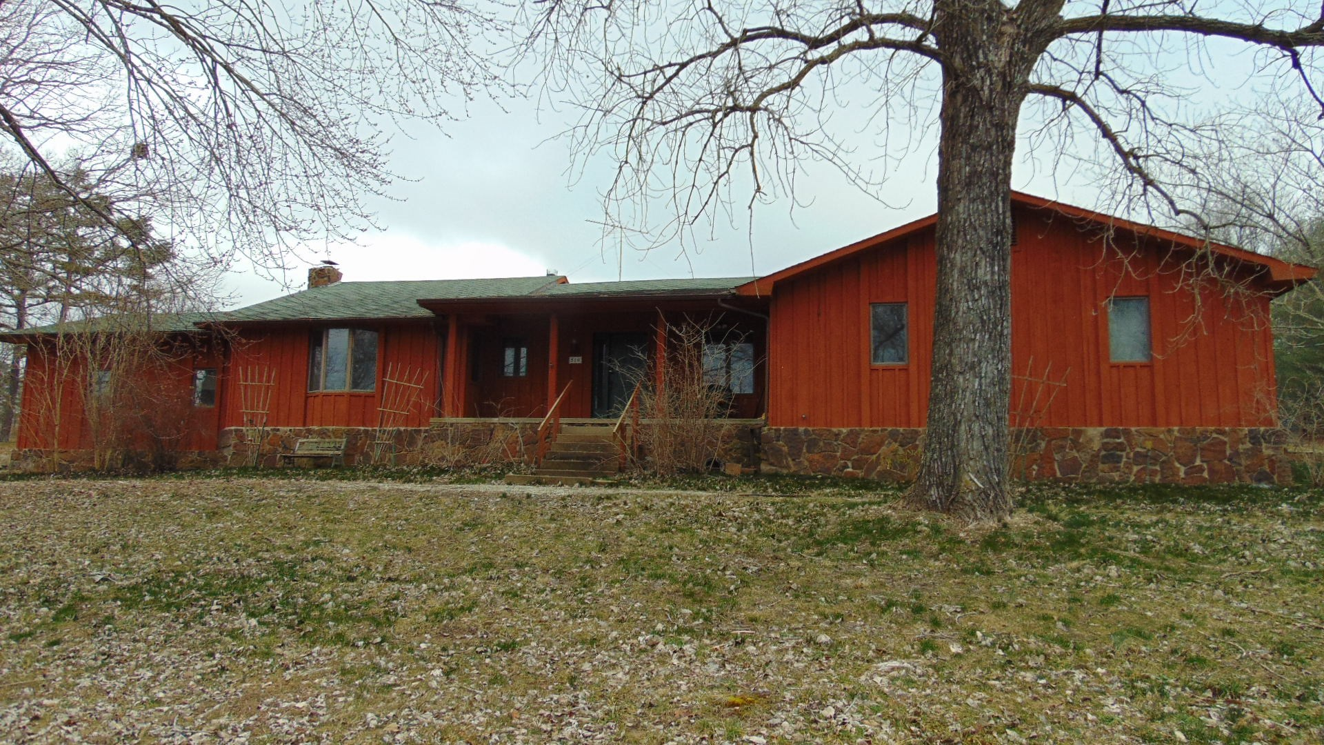 Country Home with Acreage for Sale South Central Missouri