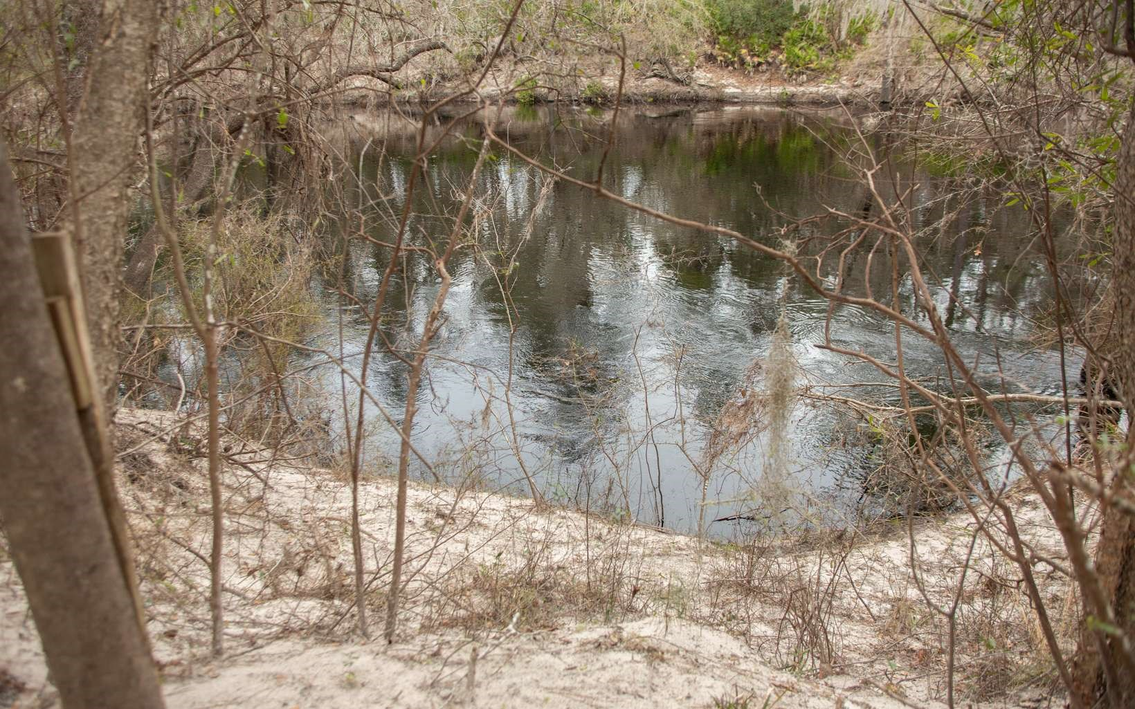 Upper Suwannee River lot with all utilities in place already