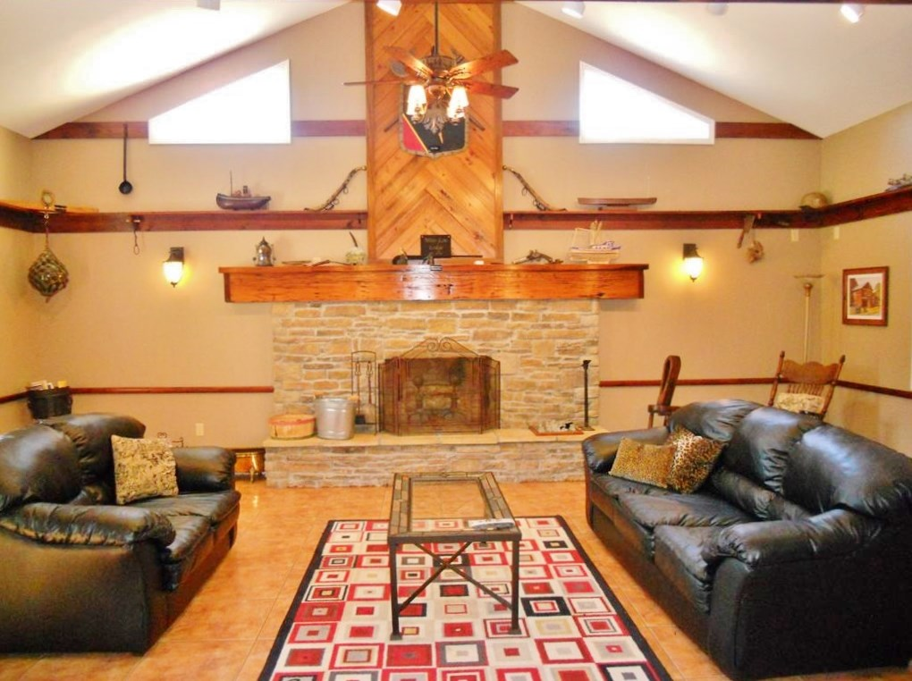 3 Bed/3 Bath Lodge for Sale Tylertown, Walthall County, MS
