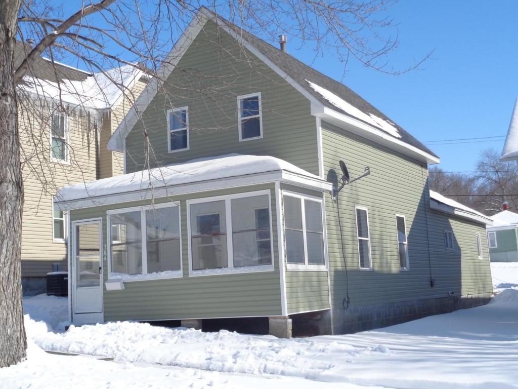 For Sale Missouri Valley Iowa 2 bed/1 Ba remodeled home.