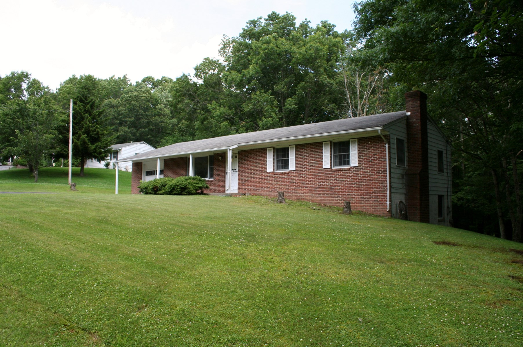 Brick ranch in 13 home community at Monterey VA