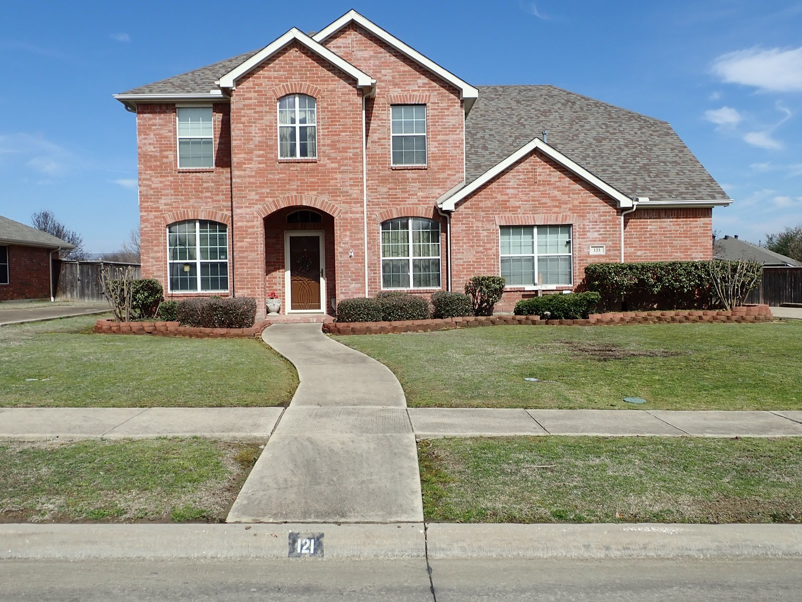 HOME FOR SALE IN TERRELL, TEXAS
