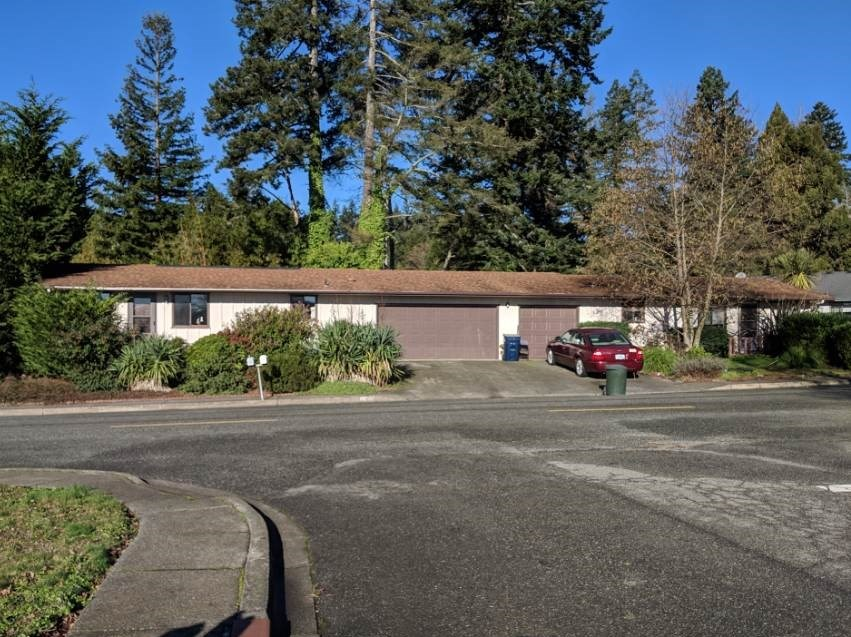 INVESTMENT OPPORTUNITY ON THE SOUTHERN OREGON COAST!!!
