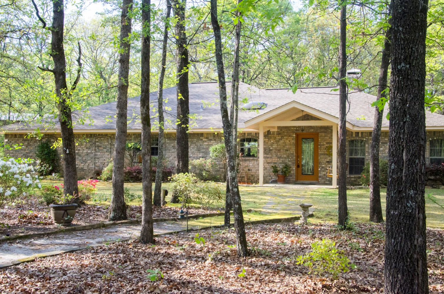 EAST TEXAS COUNTRY HOME ON ACREAGE -  WOOD COUNTY - HAWKINS