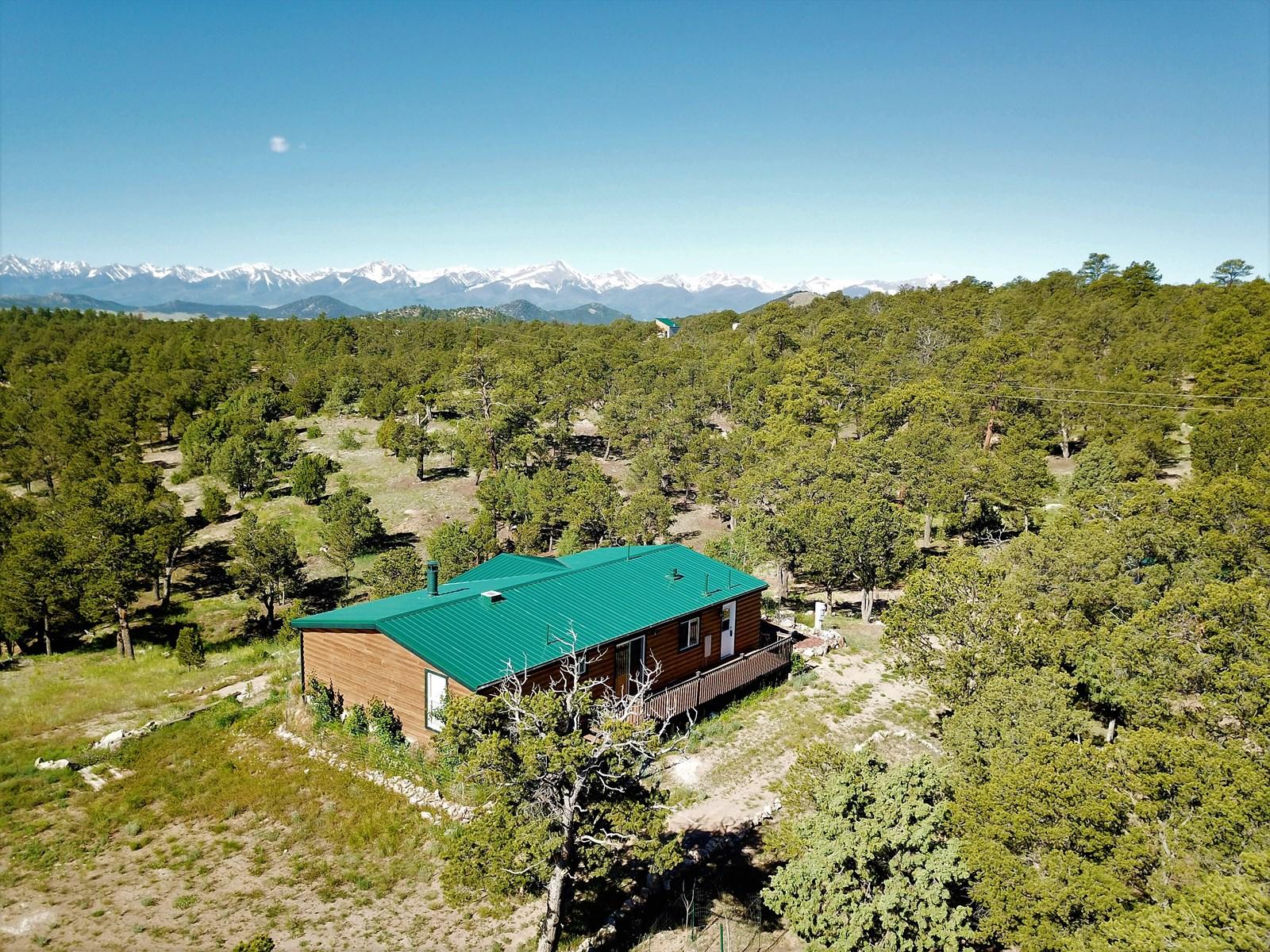 Log-Sided Colorado Mountain Cabin/Home