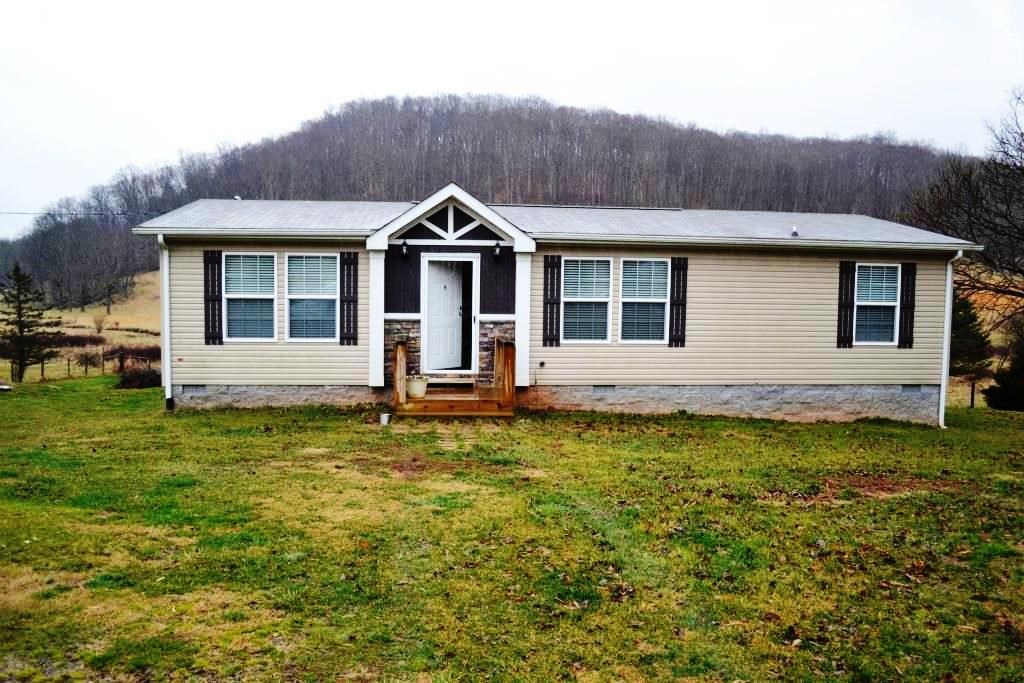3 bedroom home in Crockett, VA