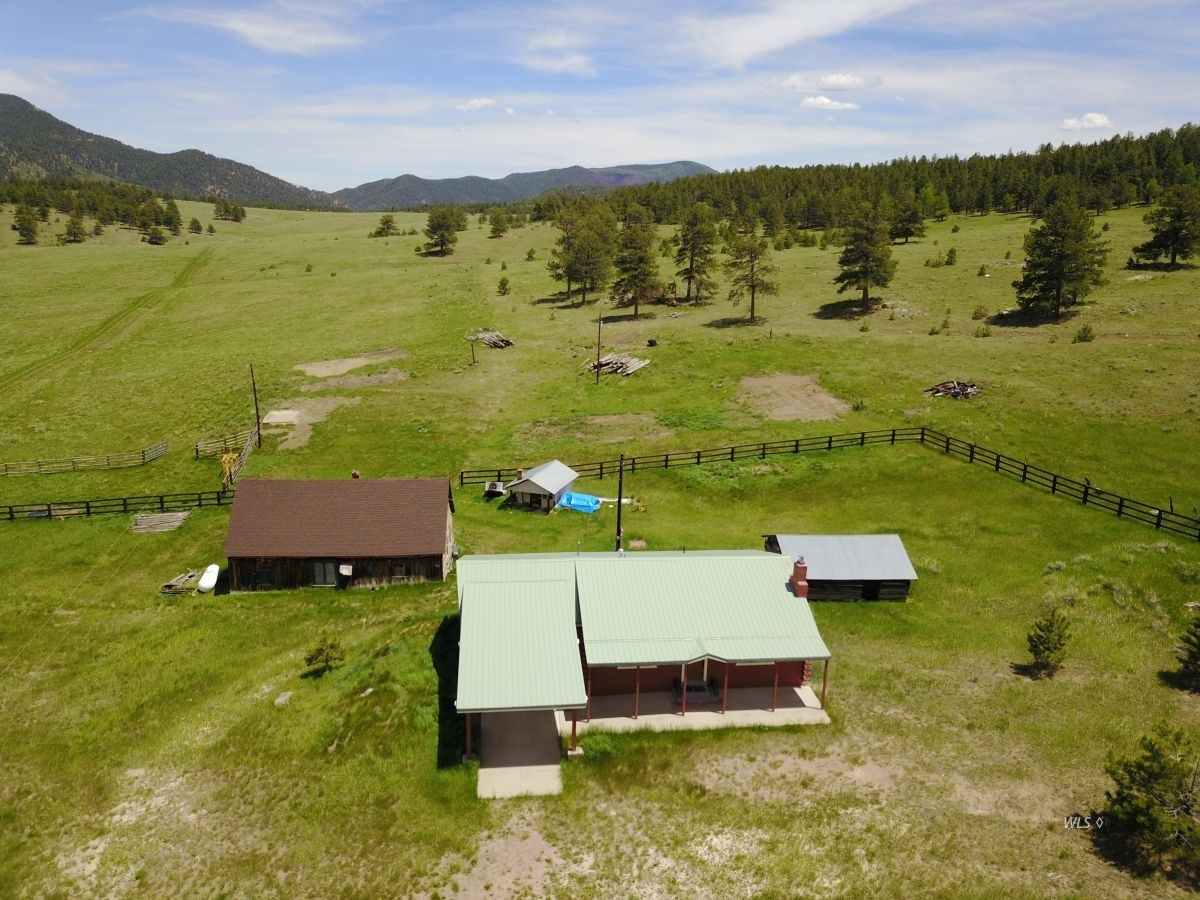Old Homestead Ranch in Custer County, Westcliffe Colorado