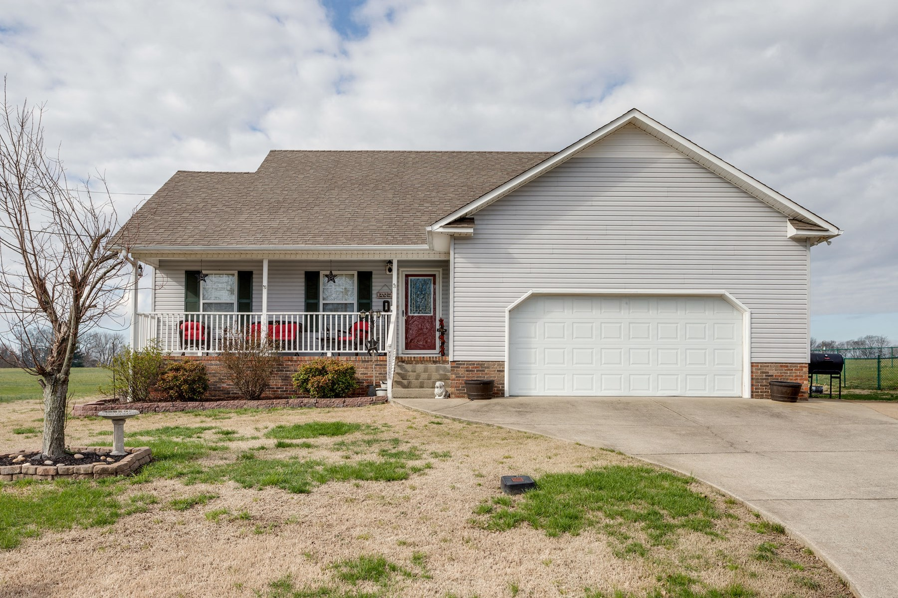 Home In Town For Sale Maury County Mount Pleasant Tennessee