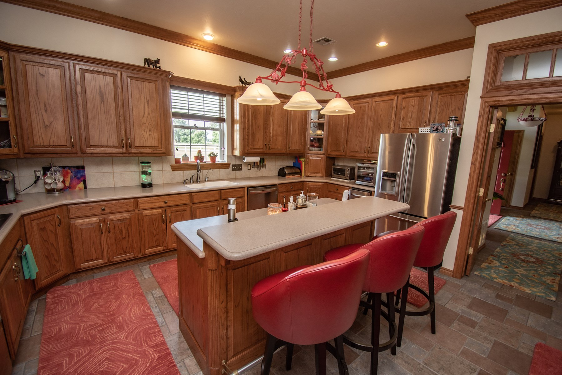 Open kitchen to living room.
