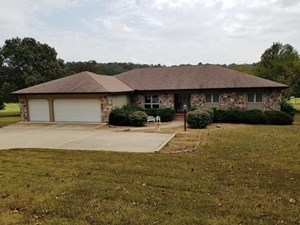 ONE LEVEL GOLF COURSE HOME IN ARKANSAS FOR SALE
