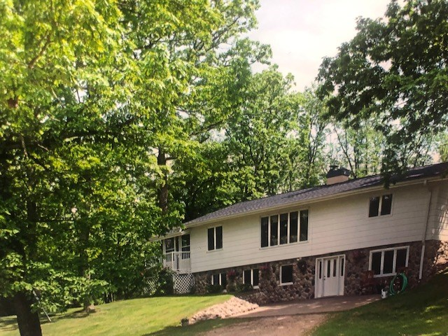 Country Home on Waupaca River for sale Waupaca, WI