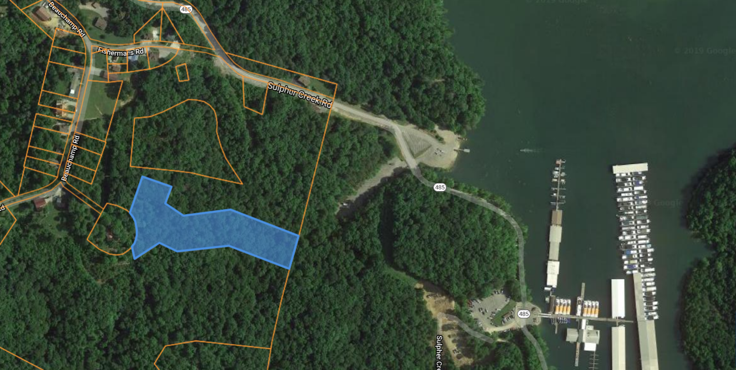 Acreage for sale close to Dale Hollow Lake.