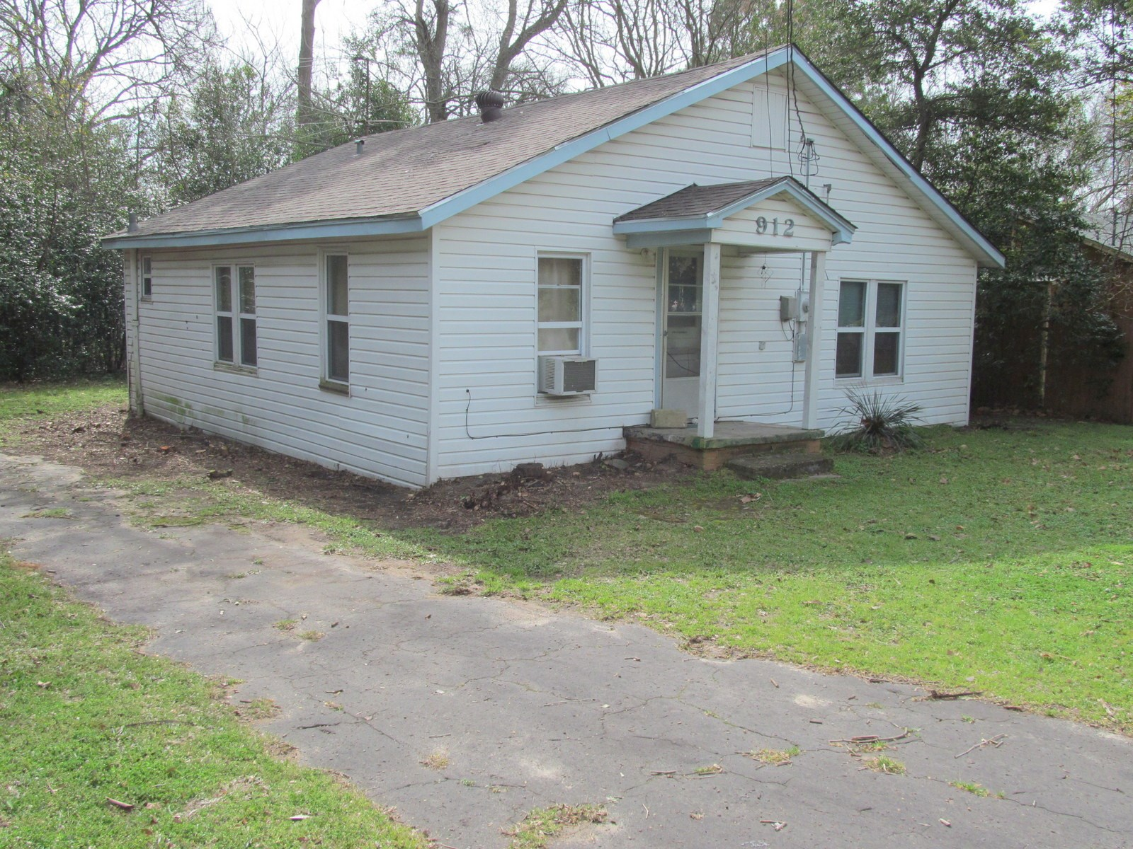 WINNSBORO, TEXAS - FRANKLIN COUNTY - EAST TX HOME FOR SALE