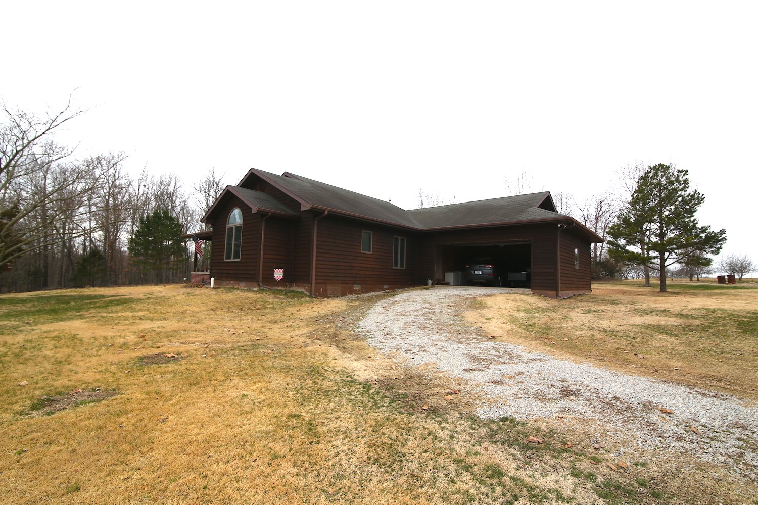 Country home for sale in Missouri