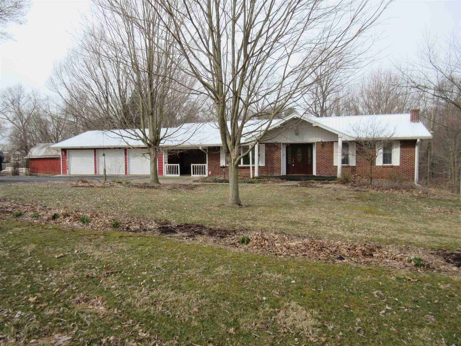 Country Home for Sale | Solsberry, IN