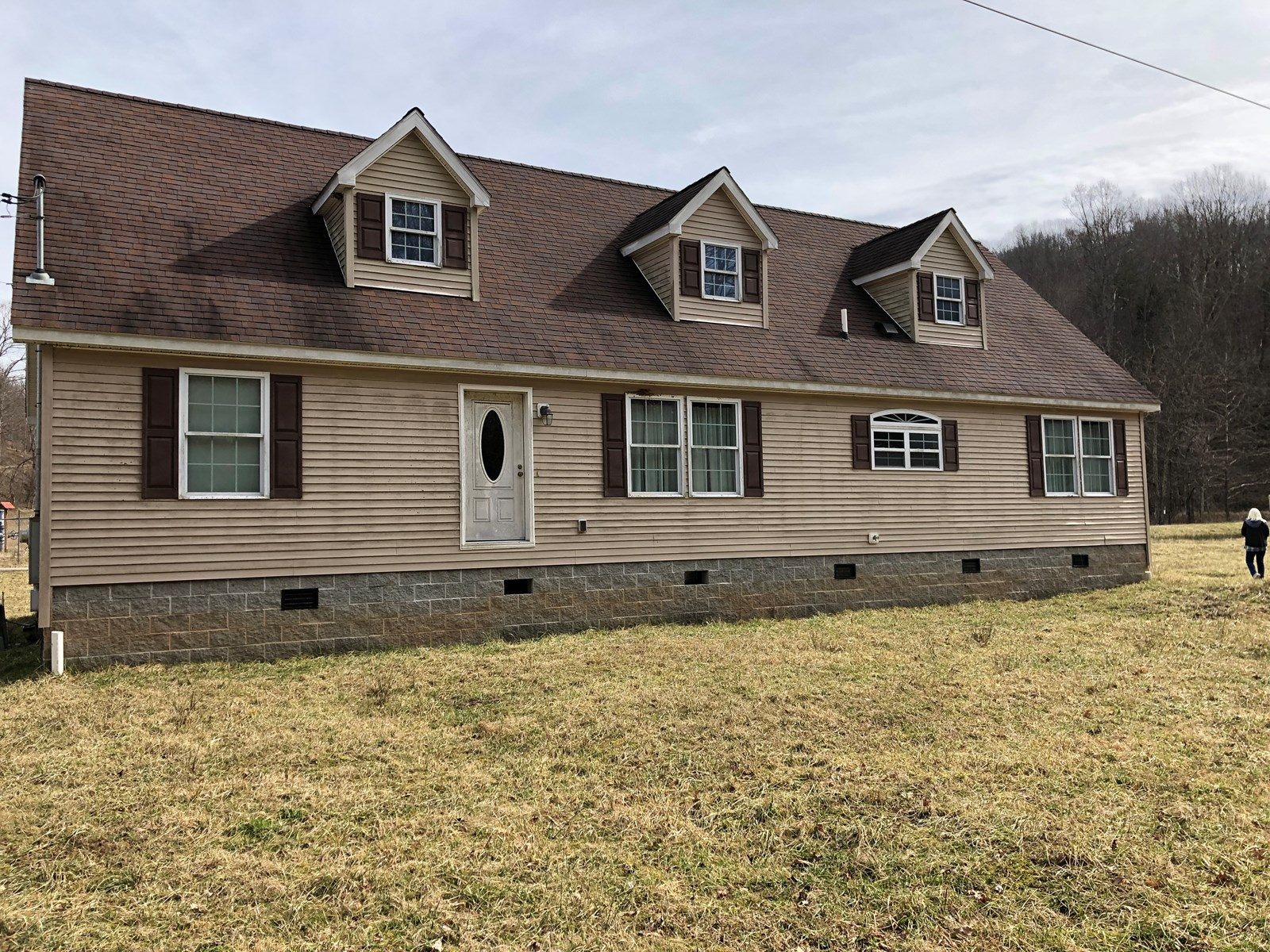 Calhoun County,Large EssentiallyNewHome,Finish To Taste,74ac
