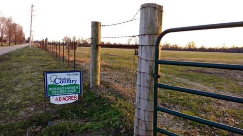 Cattle/horse farm or even row crop Great investment property